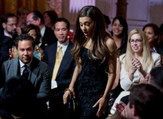 ariana-grand-performs-in-the-white-house